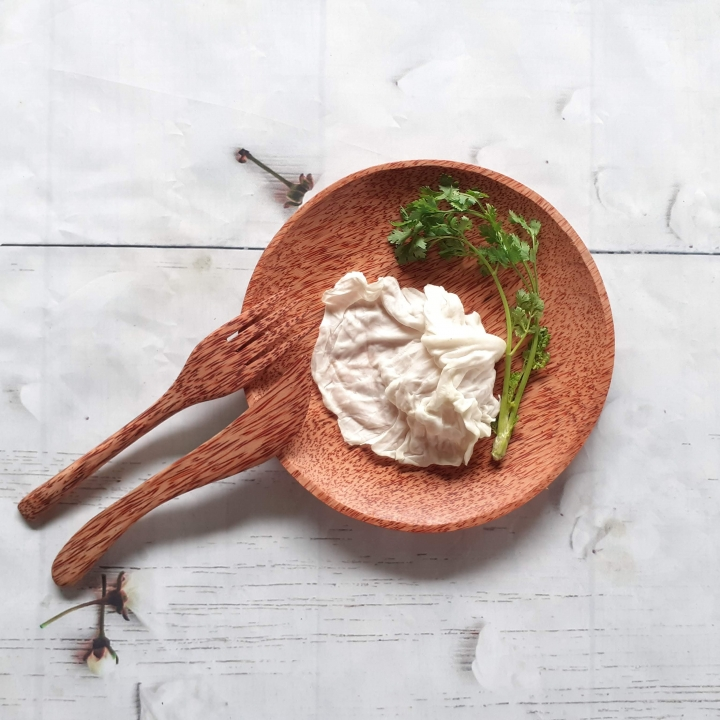 Bàn ăn đẹp nổi bật tinh tế với Bộ dụng cụ ăn từ Gỗ