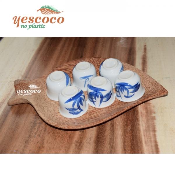 Bộ khay để chén uống trà gỗ dừa kèm 6 tách trà